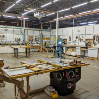 Covid-19 Update: Our KC makerspace currently has a few openings for new, first-time members or renewals. Sign up for your monthly membership using the following link: hammerspacehobby.com/sign-up  Once you have signed up via our website, give us a call to schedule an appointment to get your door badge and first general training session. (Face masks must be worn properly the entire time anyone is inside of the building, no exceptions.) 👩‍🏭 ... . . .  #hammerspacekc #makerspace #communitywoodshop #communitymetalshop #diy #digitalfabrication #makersgonnamake #kansascitymakers #hackerspace #kansascity @hammerspaceworkshop @makercitykc @officialnationofmakers