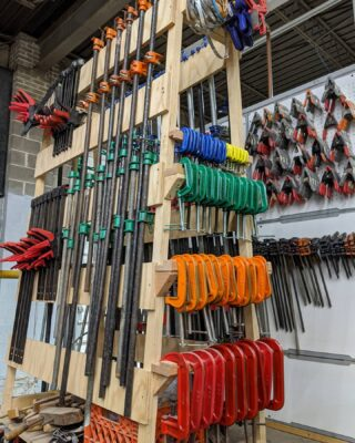 Color coded clamps. While our KC makerspace has been closed for social distancing, our staff has been busy making much needed workshop upgrades including a color code system for putting tools back in the right place. We plan on reopening our makerspace to our current members in June. Exact date TBA very soon. Call us if you have any questions. We miss our makers. 👩‍🏭 . .  #hammerspacekc #makerspace #hackerspace #communitywoodshop #communitymetalshop #diykansascity #makersgonnamake #kansascitymakers #kcmo @hammerspaceworkshop